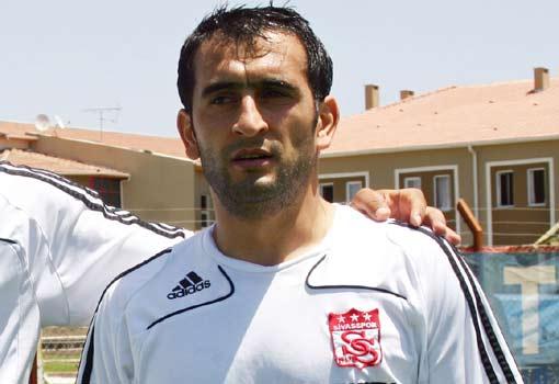 Sivassporlu futbolcu ameliyat oldu