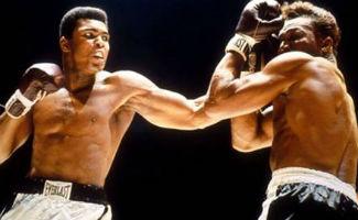 Muhammed Ali ölüm döşeğinde mi?