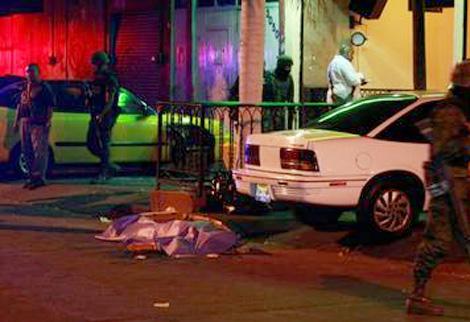 Terk edilmiş araçta 9 ceset bulundu