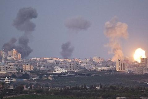 İsrailden Gazze ve Suriyeye saldırı
