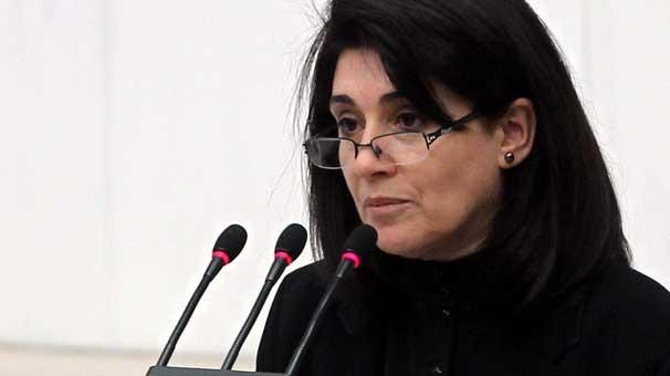 Leyla Zana 10 yıl hapis cezasına çarptırıldı