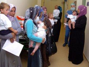 Suriyeli çocuklar sünnet edildi