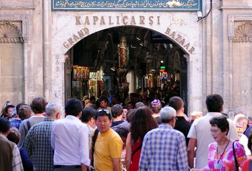 İstanbula kaç turist geldi?