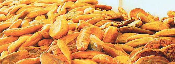Yılda 1.5 milyar liralık ekmek israf ediliyor