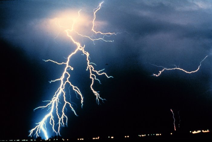 Kuvvetli yağış ve fırtına geliyor!