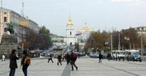 Kiev halkı şehri boşaltıyor