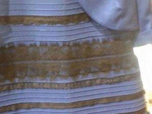 Bu elbise ne renk? Sosyal medya ikiye bölündü!