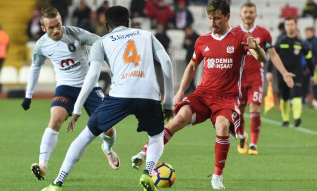 Demir Grup Sivasspor- Medipol Başakşehir: 1-0