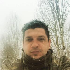 Askerlerin gözü önünde Rus ruleti oynayan astsubay yaşamını yitirdi