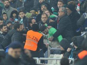 Bursaspor - Gençlerbirliği maçının ardından saha karıştı
