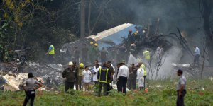 Küba'da Boeing 737 tipi yolcu uçağı düştü