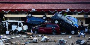 Endonezya'daki depremde ölenlerin sayısı bin 203'e yükseldi