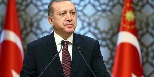 Emeklilikte yaşa takılanları eleştiren Cumhurbaşkanı Erdoğan 46 yaşında emekli olmuş