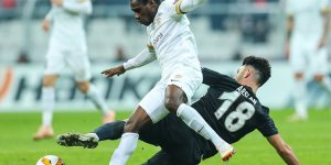 Beşiktaş: 2 - Genk: 4