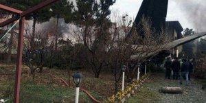 Tahran'da kargo uçağı düştü