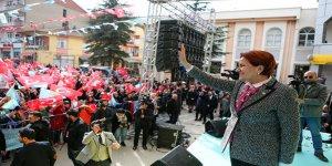 Meral Akşener Bilecikte EYT'lilerin derdini anlattı!