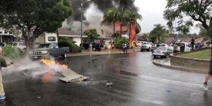 ABD'de uçak yerleşim bölgesine düştü: 5 ölü