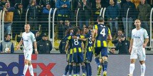 Fenerbahçe avantajı Slimani'yle kaptı
