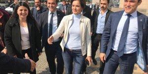 İYİ Partililer de CHP'yle birlikte mazbata almaya gidiyor