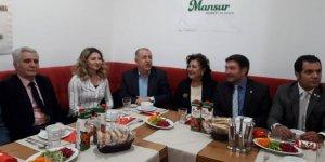 Yeniden Aydınlanma Derneği'nden Mansur Yavaş Gönüllülerine yemek