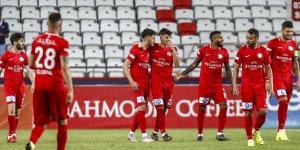 Antalyaspor: 3 - Evkur Yeni Malatyaspor: 0