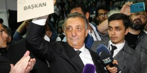 Beşiktaş'ta yeni başkan Ahmet Nur Çebi oldu…