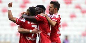 Demir Grup Sivasspor: 2 - Kasımpaşa: 0