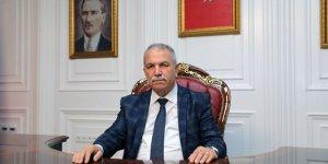 İYİ Partili Belediye Başkanı Arapça tabelaları kaldırıyor