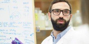 Harvardlı doktor Furkan Burak: Ok yaydan çıktı herkes evine sığınsın