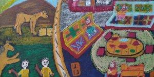 Dokuz yaşındaki ikiz ressam kızlar dünya üçüncülüğü ile gururlandırdı...
