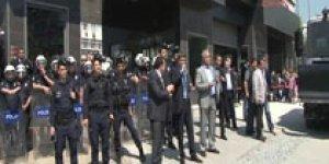 Marmara Üniversitesinde öğrenciler birbirine girdi