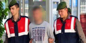 İzmir Torbalıda Okul Önünde Esrar Satarken Yakalandı