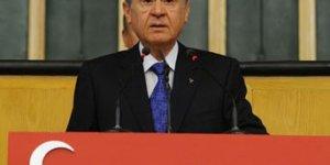 Bahçeli: Başbakan Erdoğanın şanzımanı dağılmış, aküsü bitmiştir