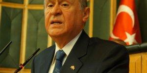 Bahçeli, Akil İnsanlar Heyetini AK Parti ve PKK eyyamcılığıyla suçladı