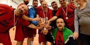 Beylikdüzü Voleybol Turnuvası Bitti