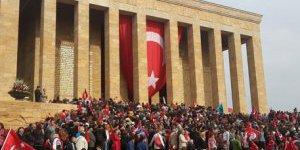 Anıtkabirde çeyrek milyon ziyaret