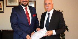 İYİ Parti Manisa İl Başkanı Akkal mazbatasını aldı